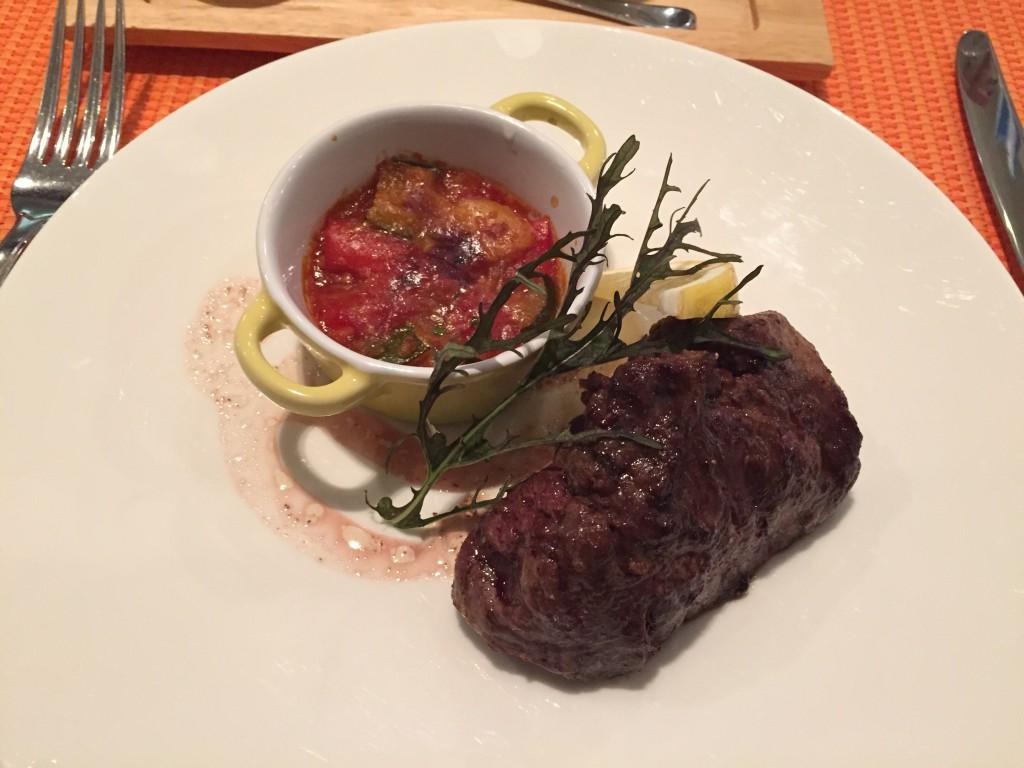 フィレ肉のステーキ