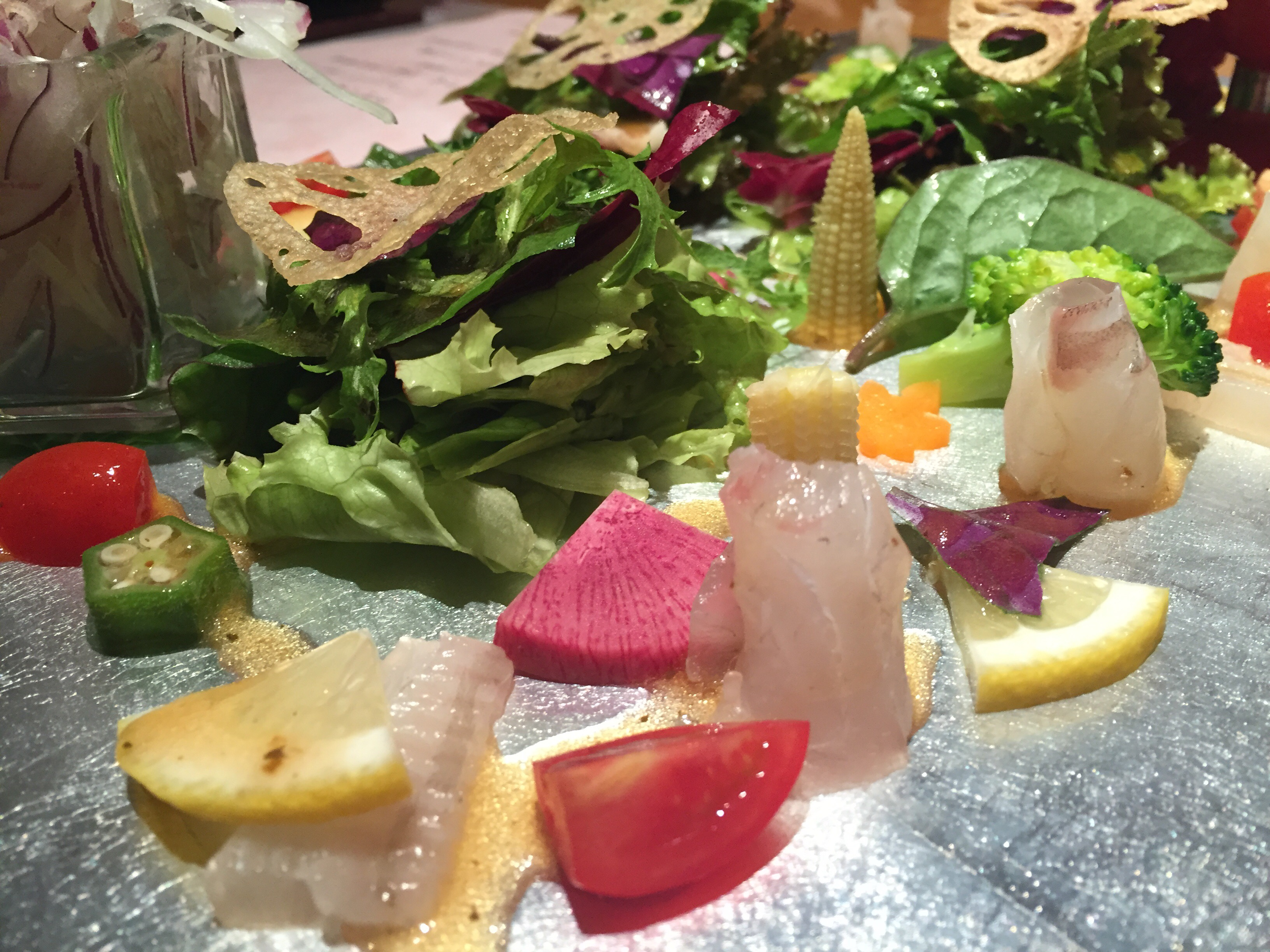 禅の旬魚と有機野菜のサラダ カルパッチョ風